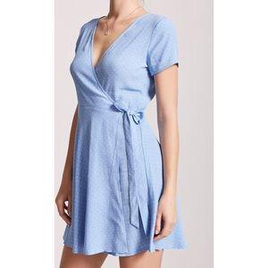 forever 21 blue & white polka dot wrap dress
